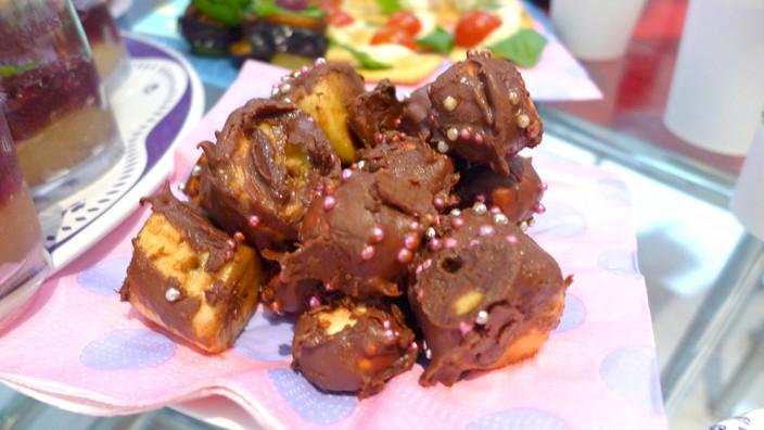 バナナとマシュマロのチョコディップ