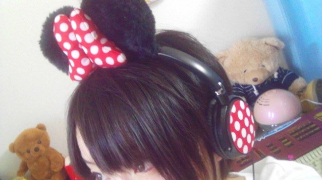 ミニーマウスのヘッドフォン