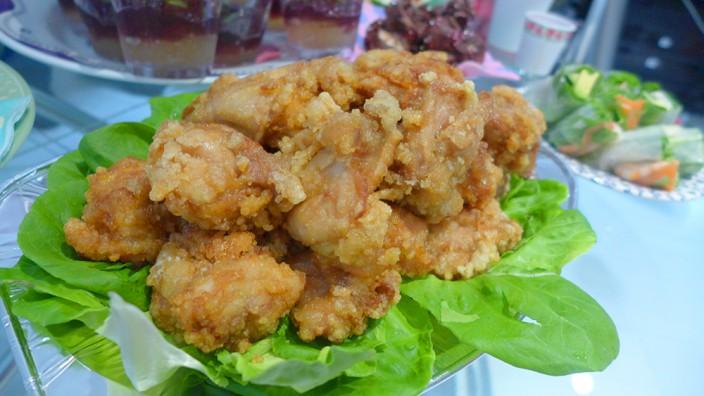 超BIGサイズ鶏の唐揚げ